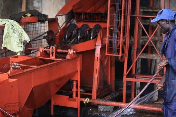 Kenya, 3 disc coffee pulper at Gichatha-Ini coffee factory